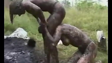 Mud Fighting Country