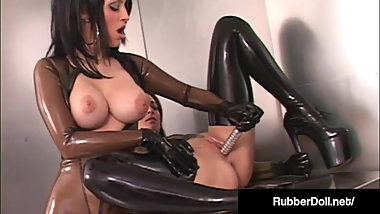 Latex Babe RubberDoll Worships & Dildo Fucks January Seraph!
