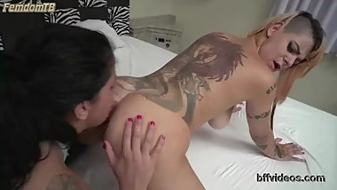 Barbara Lee - tattooed mistress asslicking