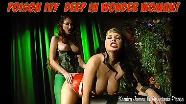 Poison Ivy deep in Wonder Woman, XXX Parody