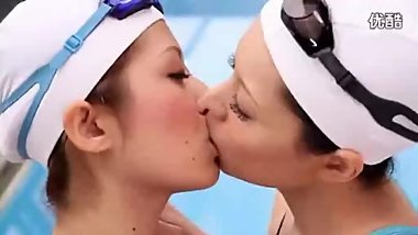 japanese sexy lesbian kiss and neck kiss