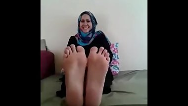 Lesbian Arabic Hijab Woman Love Punished Falaka Feet